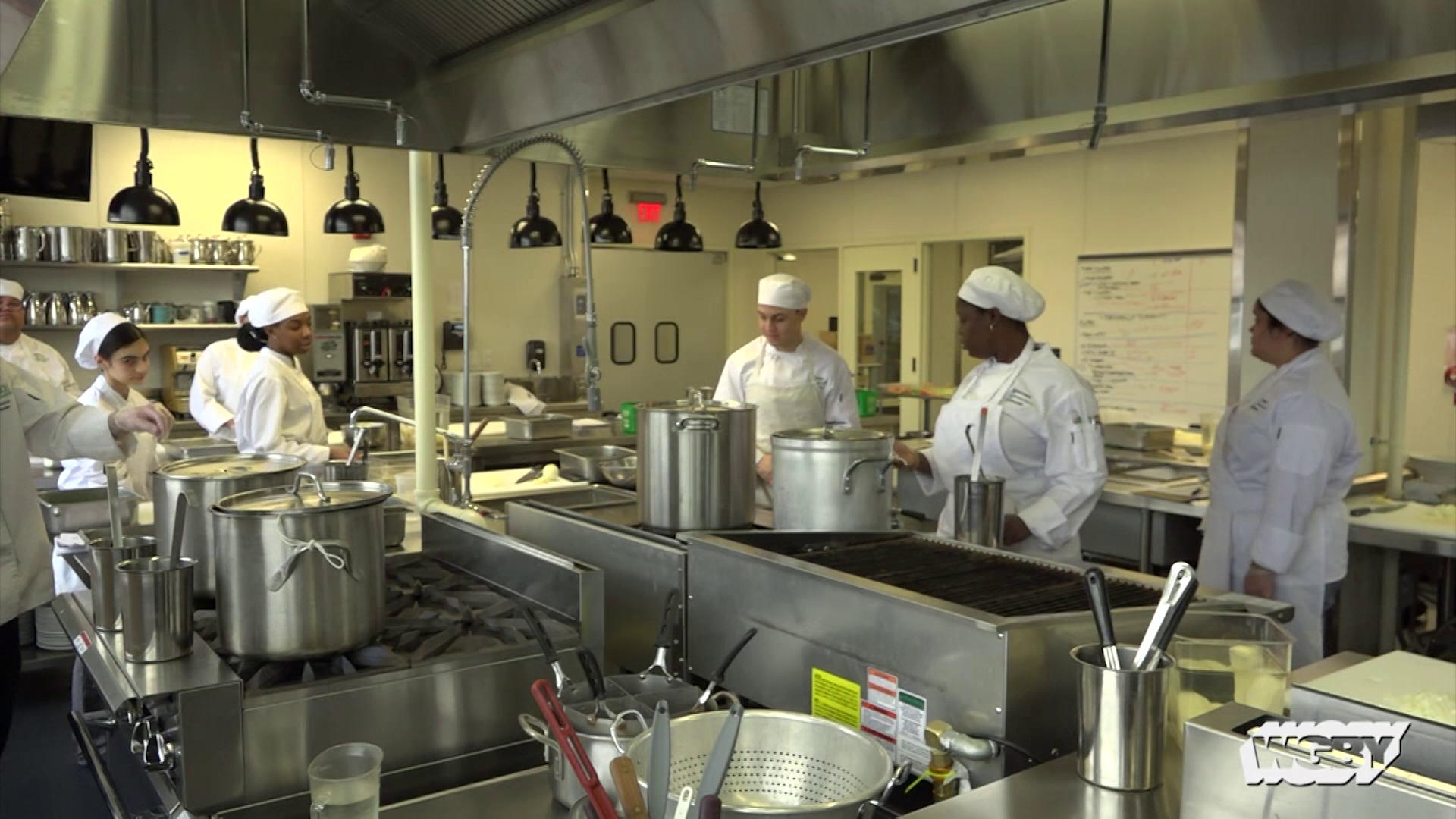 Learn about a four-week course at the HCC MGM Culinary Arts Institute that prepares students for culinary careers at Springfield's new casino.