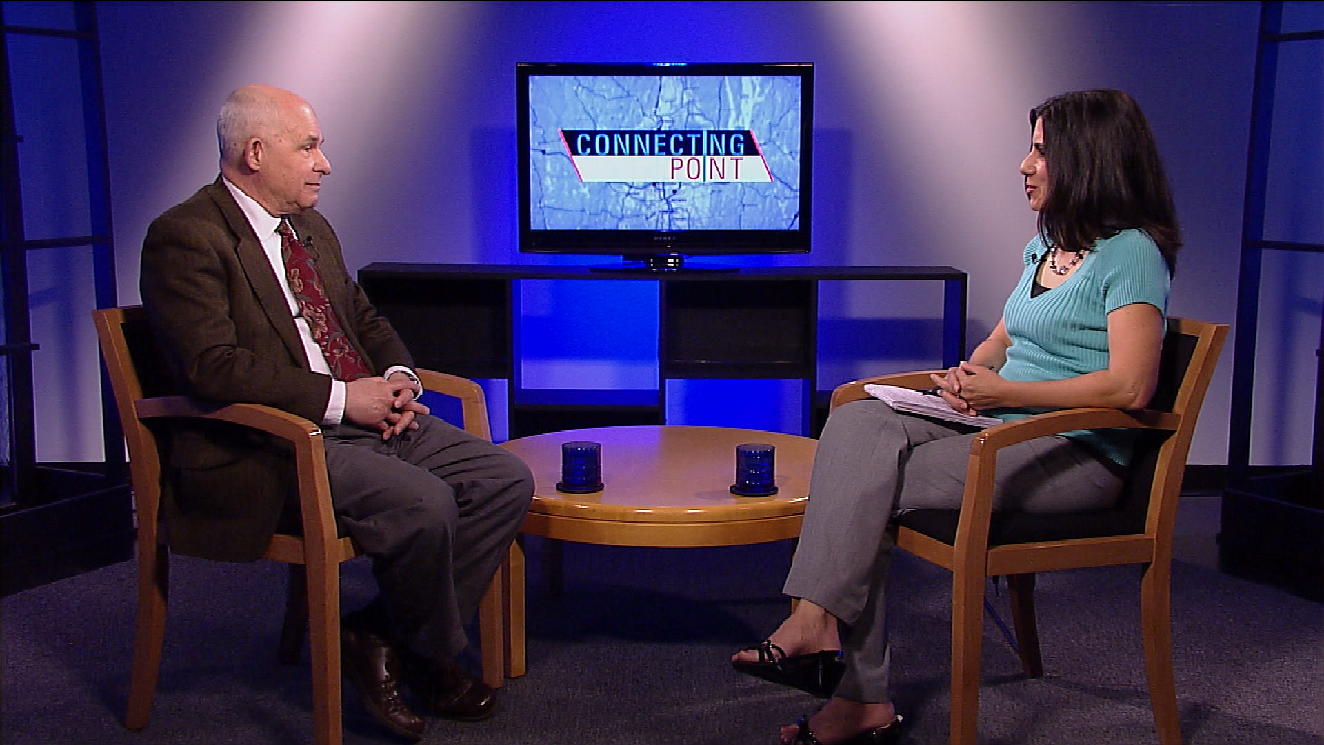 American International College Professor Gary Lefort, a retired military officer who served overseas, discusses the conflict in Syria.