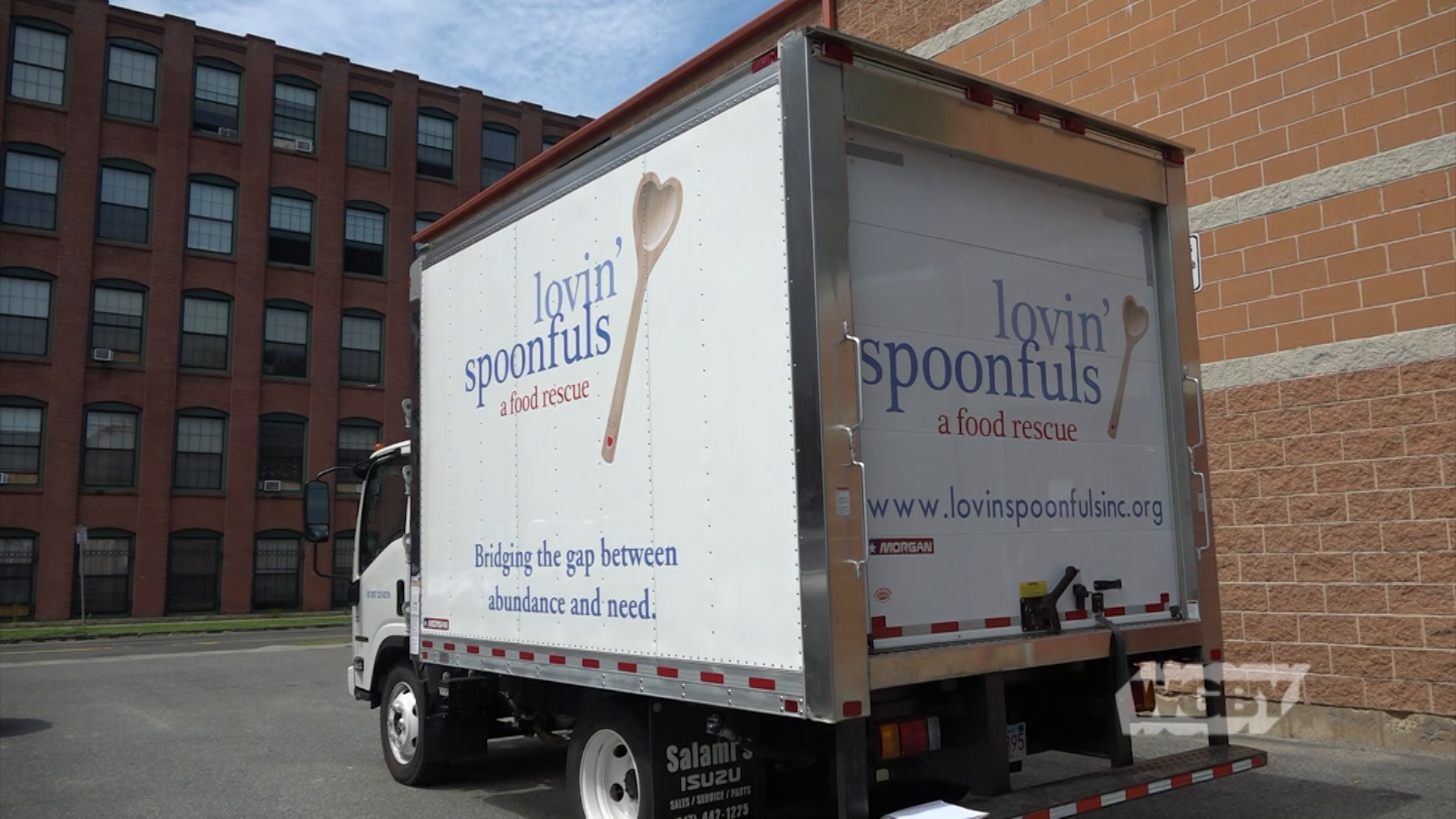 Lovin' Spoonfuls fights food insecurity by rescuing perishable, nutritious food from being discarded and distributing the food to western Mass shelters.