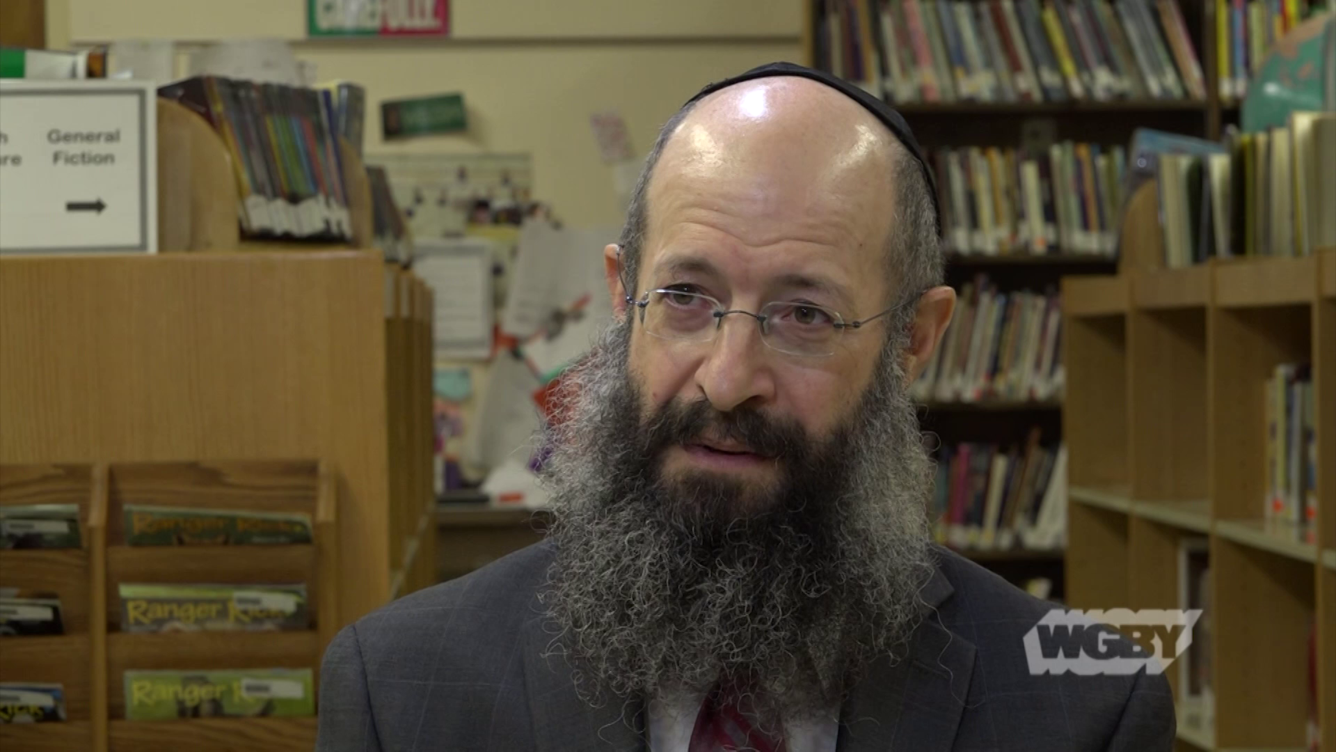 Rabbi Noach Kosofsky of Lubavitcher Yeshiva Academy in Longmeadow discusses how the local Jewishcommunity is coping with the Pittsburgh synagogue shooting.
