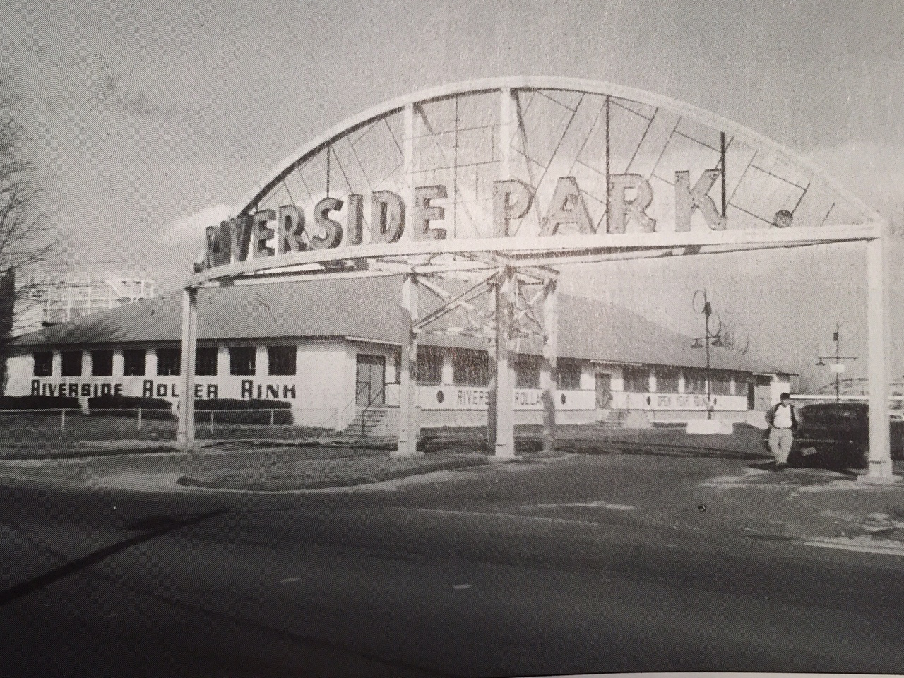 Archive image of Riverside Park in Agawam, MA